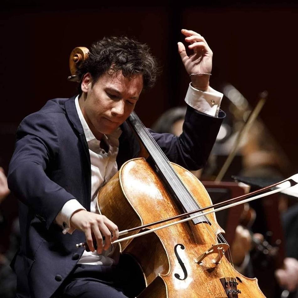 В Харькове выступит виолончелист Эдгар Моро.